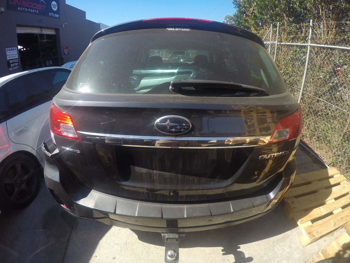 Subaru Wrecking Outback EJ25 Parts Spares Leather Panels