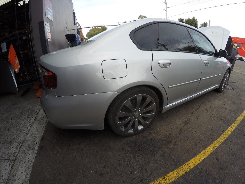 Subaru Wrecking Liberty EZ30 H6 Leather Engine Rims Spec B