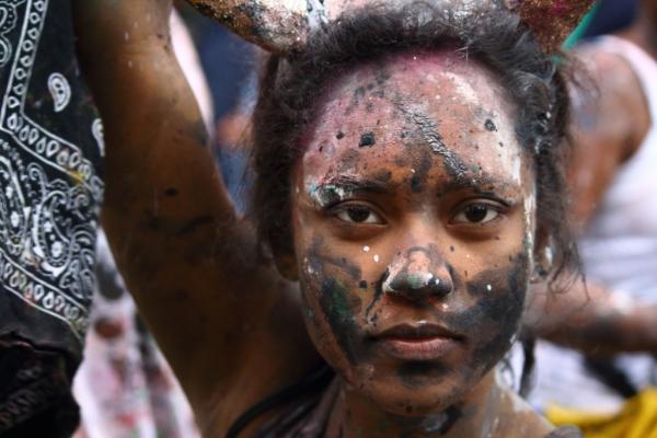 Carnival Girl, 2015