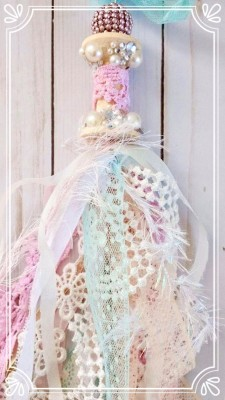 Gorgeous Shabby Chic Altered Bobbin