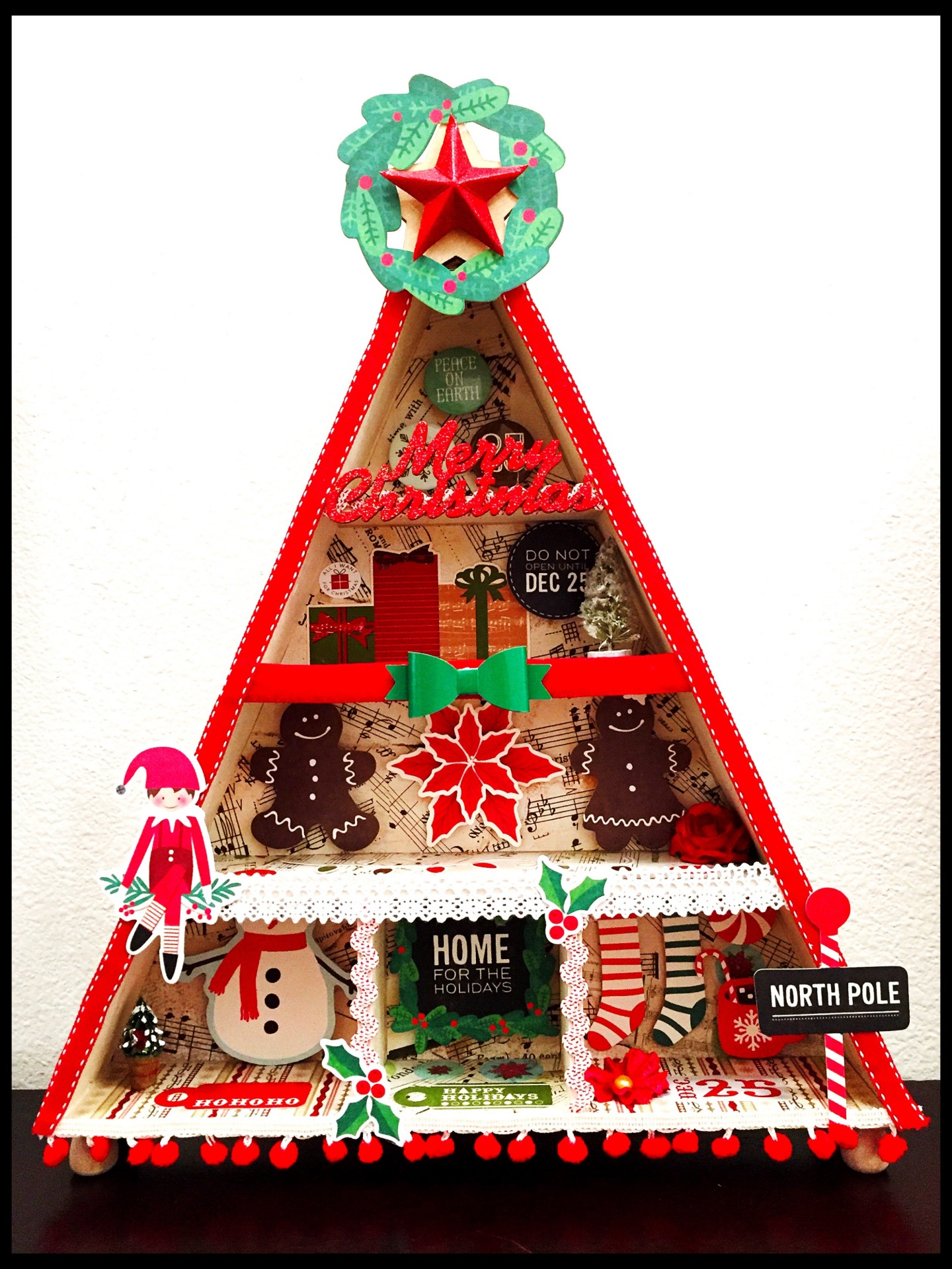 Super Easy DIY Christmas Shadow Box