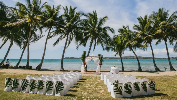 tropical wedding, island wedding, ceremony, event, wedding stylist, beach wedding