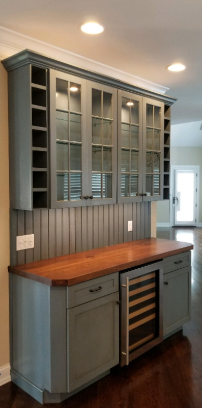 Custom Furniture & Cabinetry