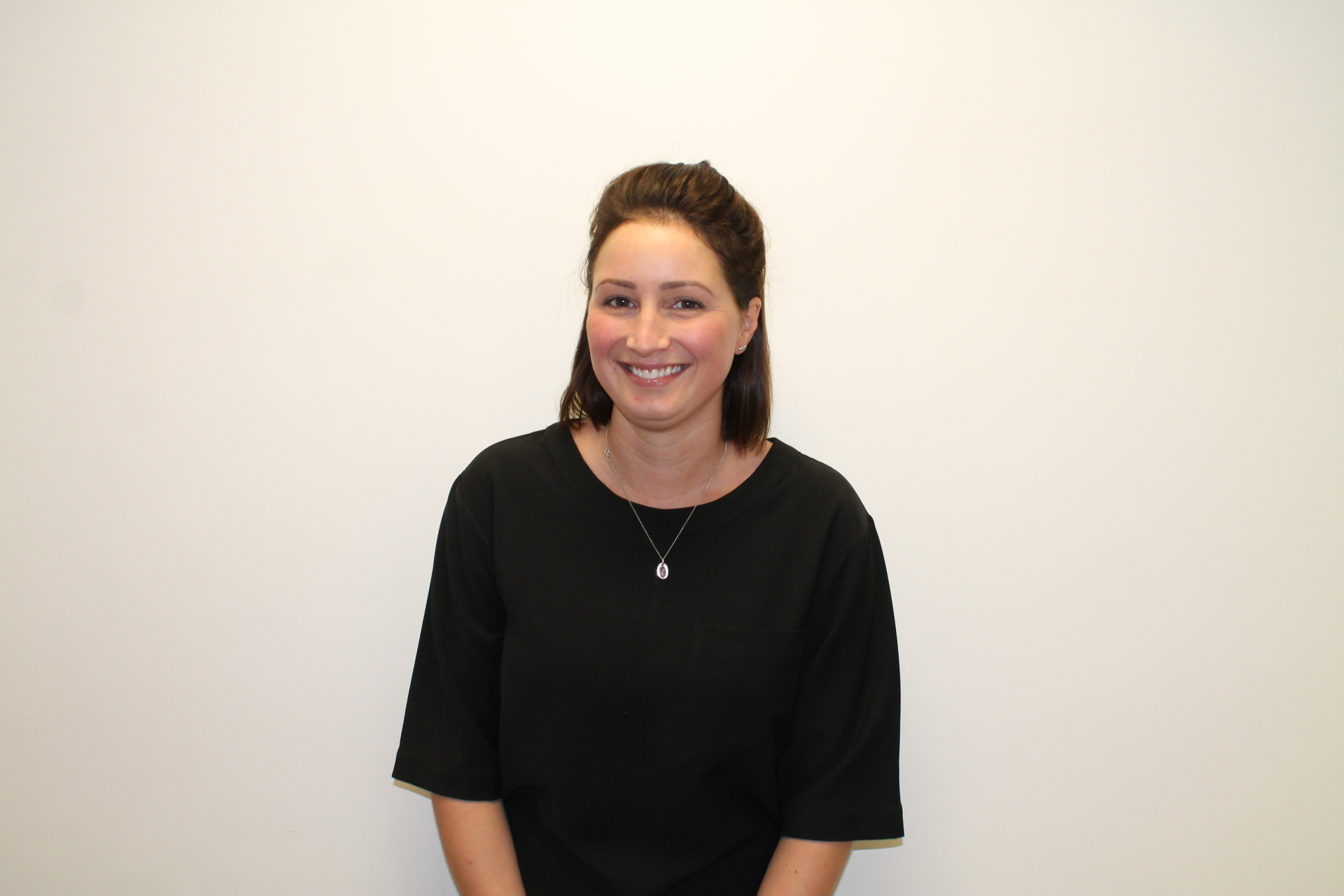 Anna Wilkinson, dental therapist hygienist, Lowedges dental care, sheffield, tooth whitening