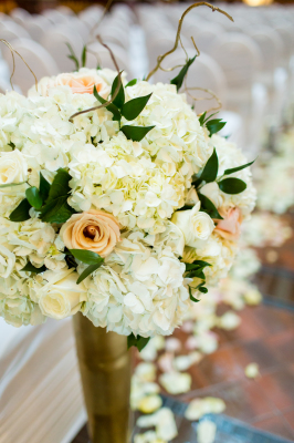 Floral Arrangement; Wedding
