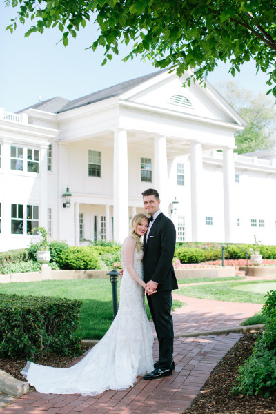 Minikahda Club; Country Club Wedding; Wedding; Portraits
