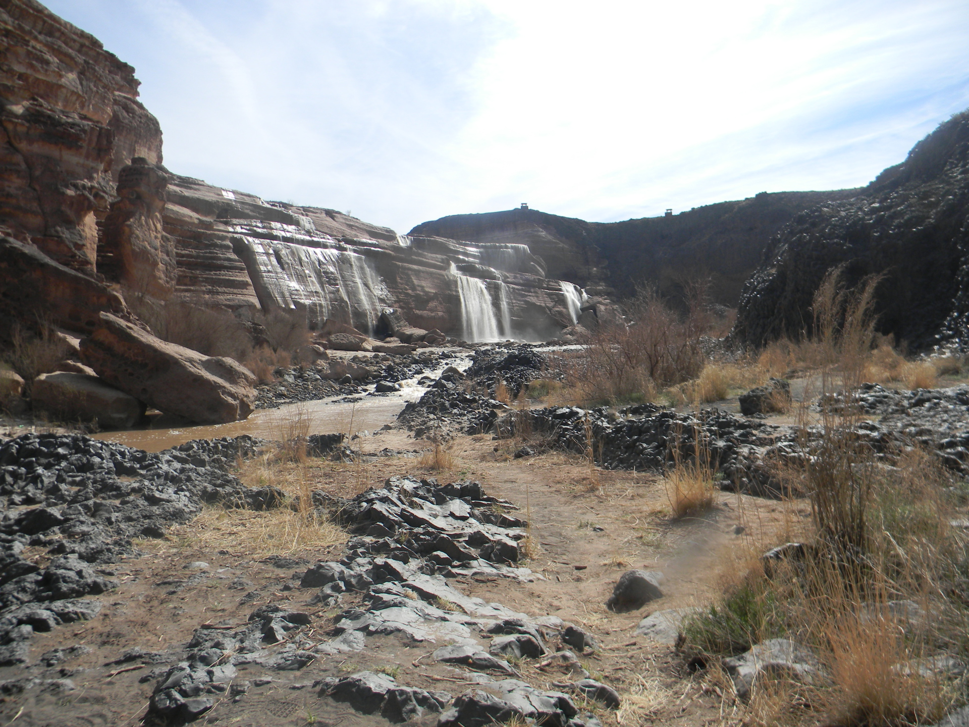 grand falls flagstaff hiking