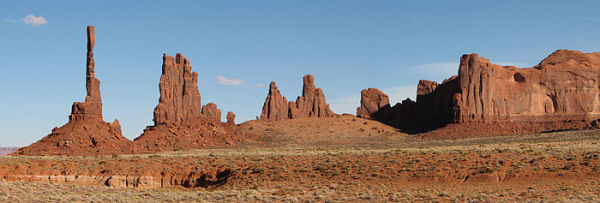 monument valley hiking and photography