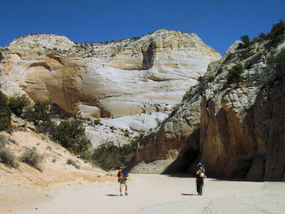 Hiking in Hackberry Canyon, Utah