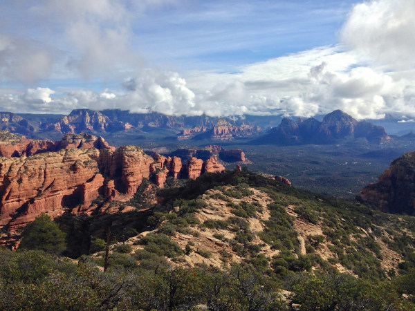 bear mountain sedona hiking
