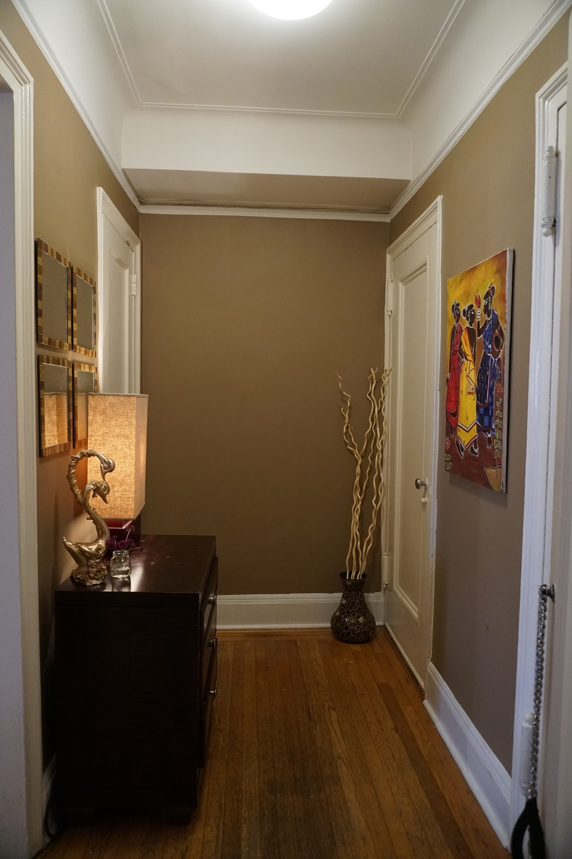 Foyer / Gallery