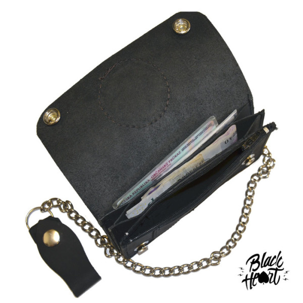 Black Heart Leather Wallet and Chain £30.00 (inside)