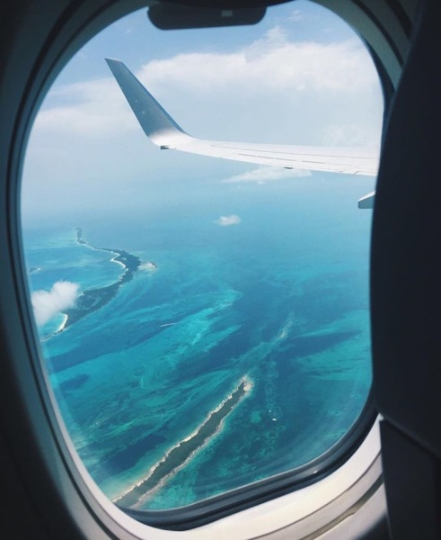 7 Airplane Travel Hacks To Breeze Through Your Next Flight Like A Pro