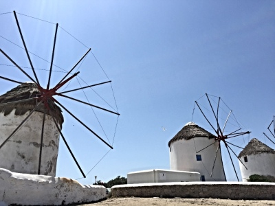 ISLAND ESCAPE: A GUIDE TO MYKONOS, GREECE