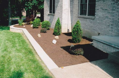 Residential lawn maintenance Newburgh Indiana