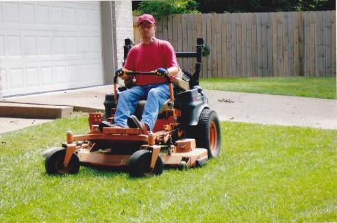Mowing lawns Newburgh Indiana