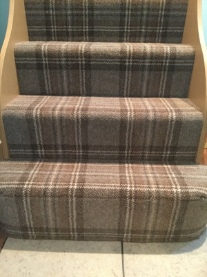 Plaids on stairs look beautiful