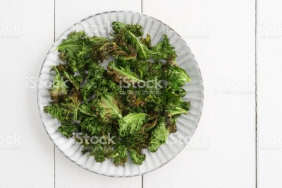 Kale Chips - The first step to achieving your New Year's Resolution!