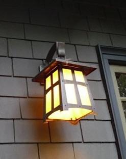 Pasadena Lantern sconce