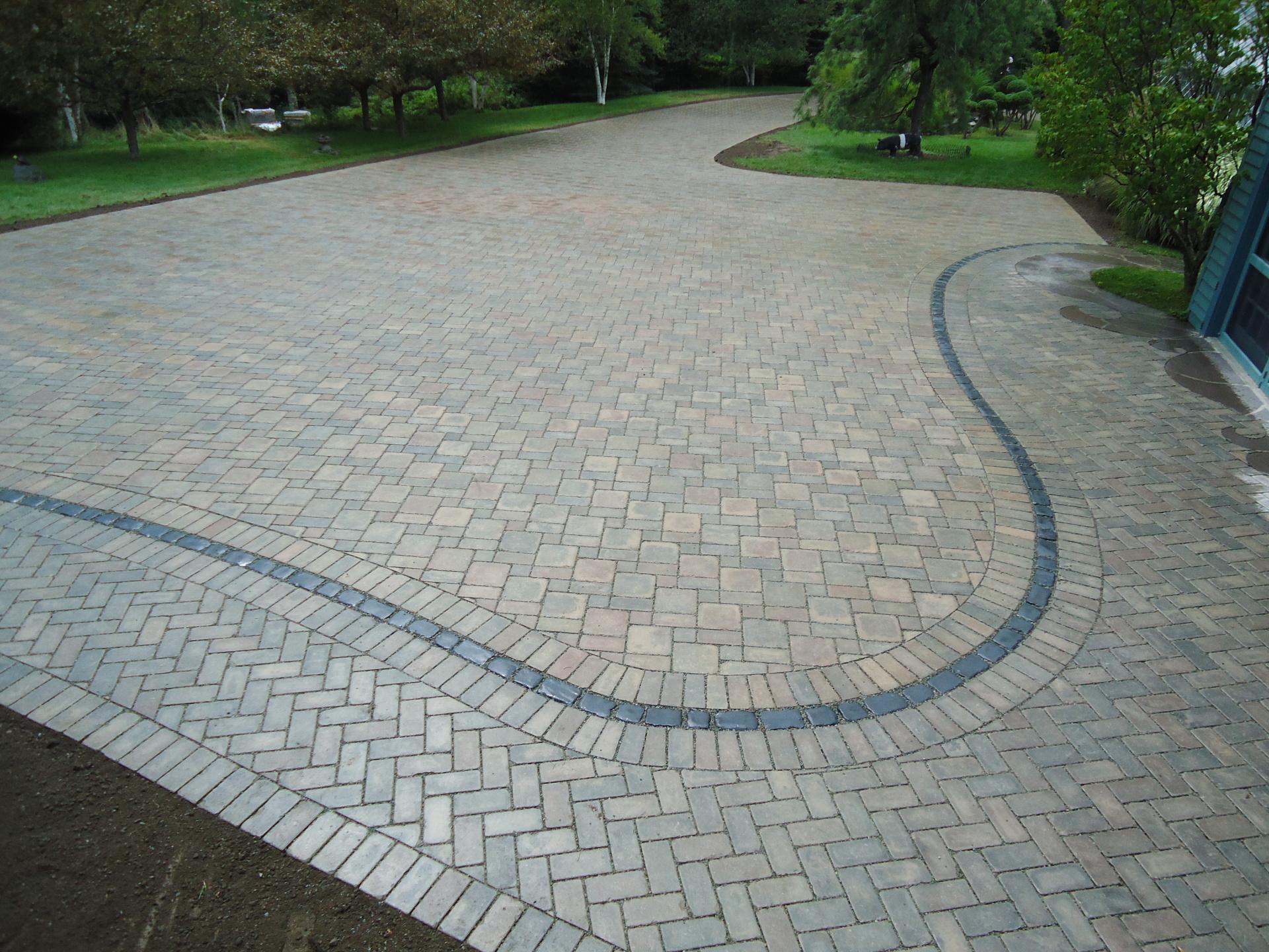 Permeable Eco-Prior herringbone pattern driveway