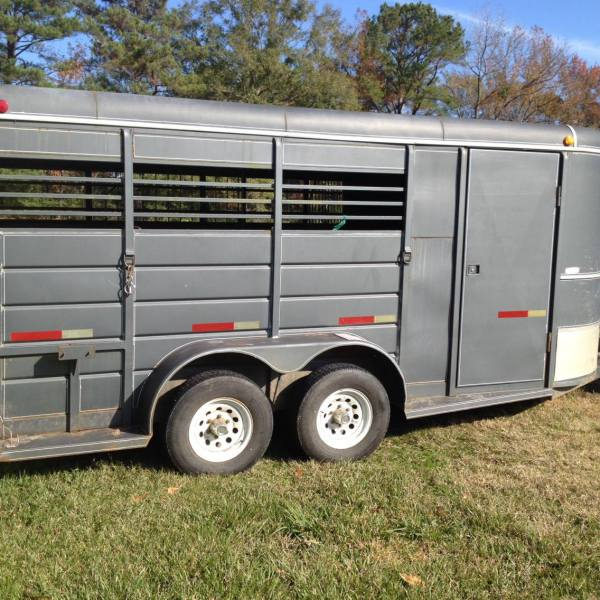 Horse Trailer to Transport Rescue Horses