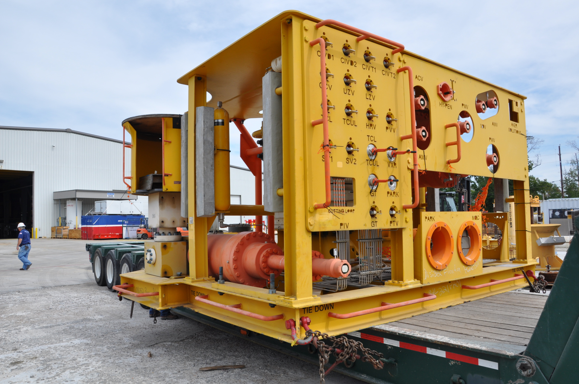 Subsea, XMT, Wellhead, Inspection, Refurbishment, Spool, PMV, PWV, XOV, Production, Connector, Load, out, trucking, shipping, choke