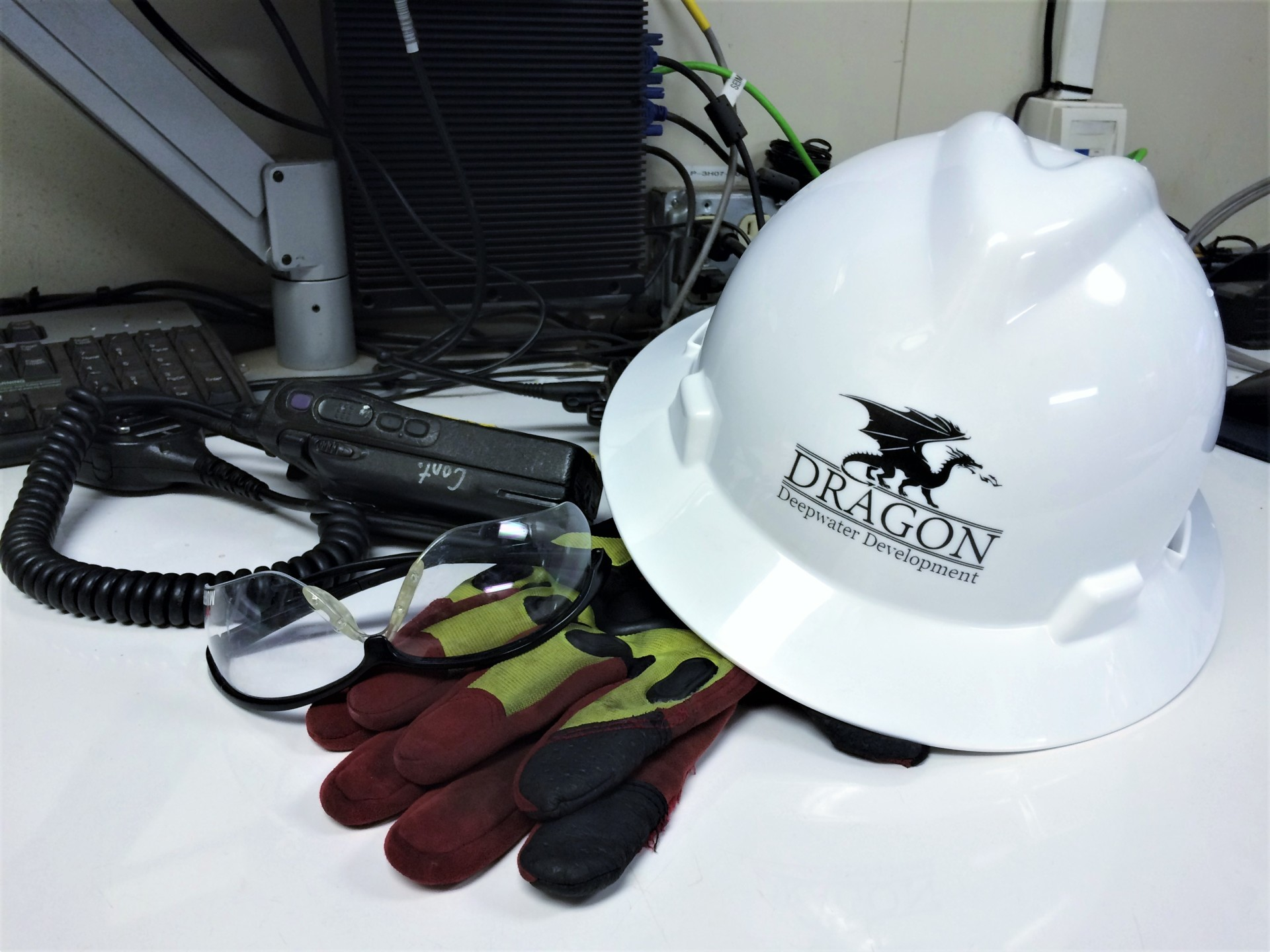 Dragon, Deepwater, Subsea, Third Party Inspection, Project Management, Engineering, Installation, Commissioning, Consultants, Deepsea, Safety, Gloves, Radio, Glasses, Hard Hat