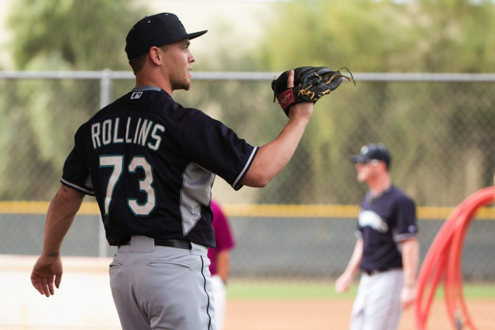 Cubs Claim Rollins From Mariners
