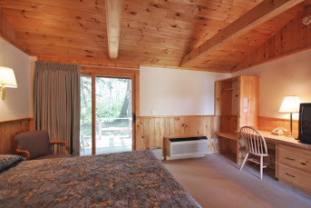 Wiscasset Motor Lodge pet friendly rooms have private back porches making dog walking easy