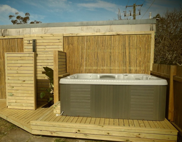 Custom Spa deck with Outdoor Shower