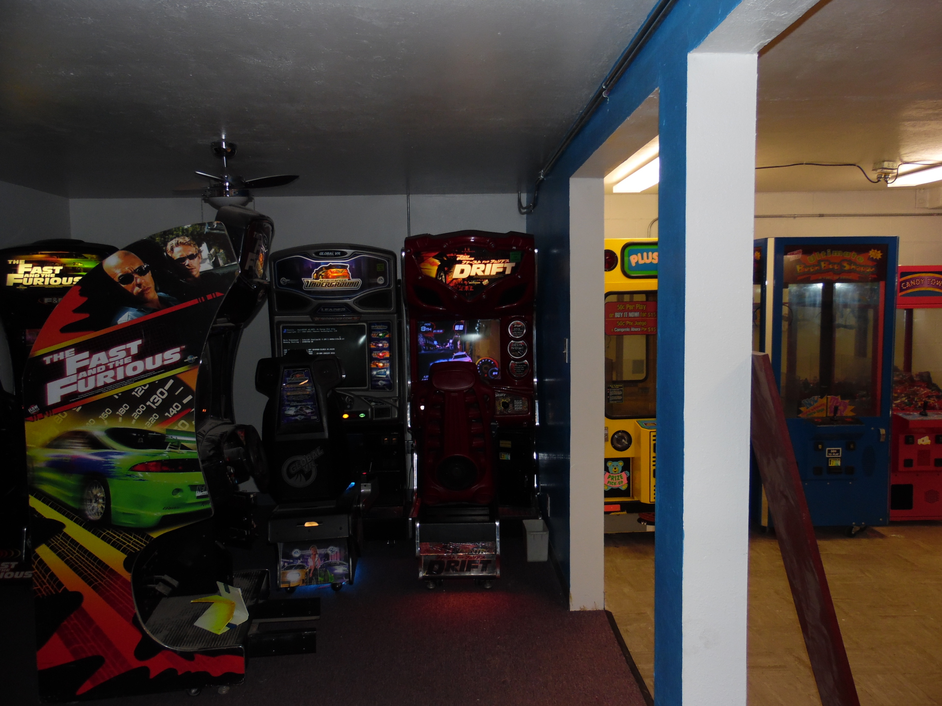 arcade vide games family fun center