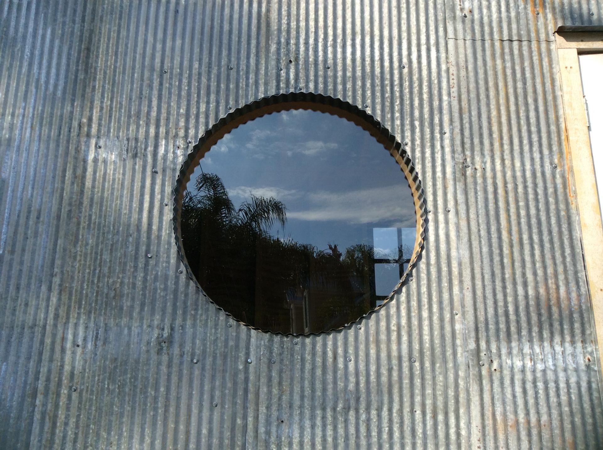 Big porthole!
