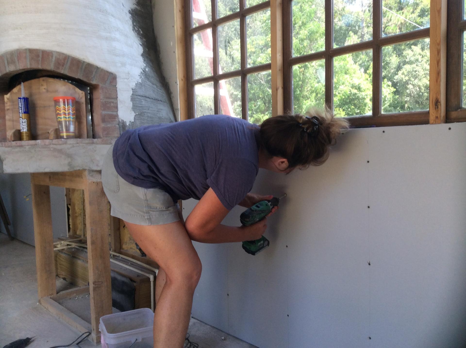 Doing drywall