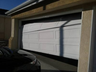 Want to choose the best garage door service company? Learn more!