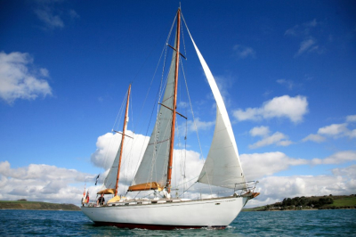 September of London Day Sailing