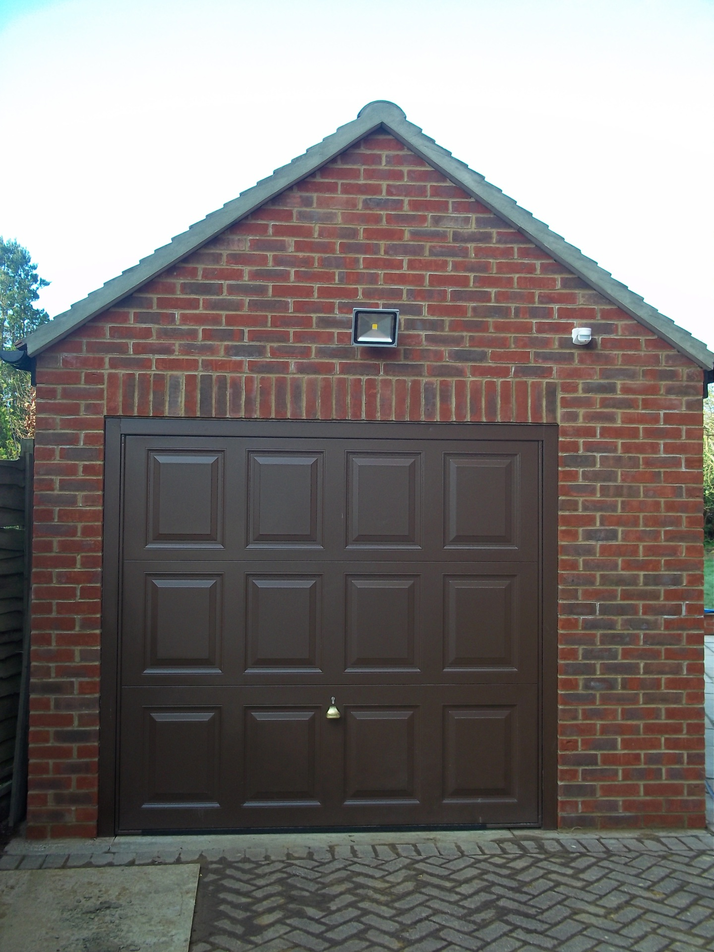 Detached single garage