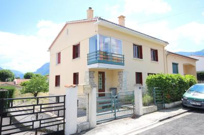 Our spacious B&B in the beautiful town of Quillan