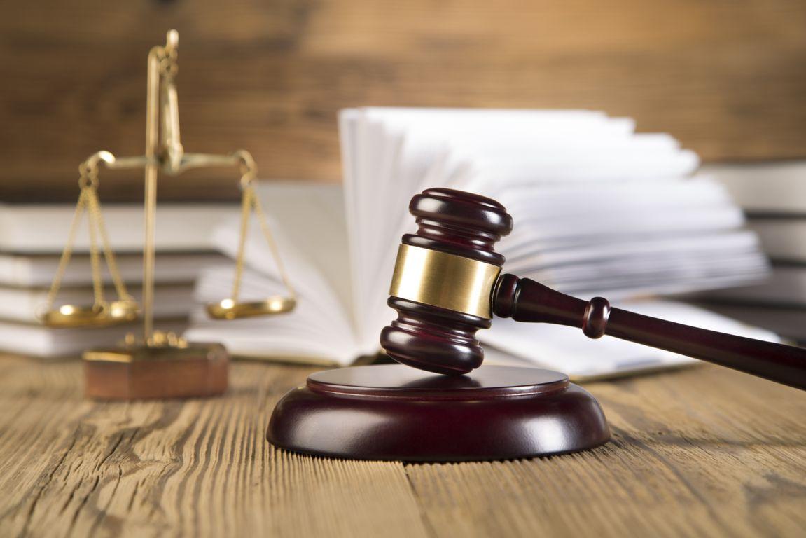 βίαιη διακοπή δίκης, θάνατος διαδίκου, δικηγόροι Αθήνα, δικηγόροι Αχαρνές, δικηγόροι Μενίδι
