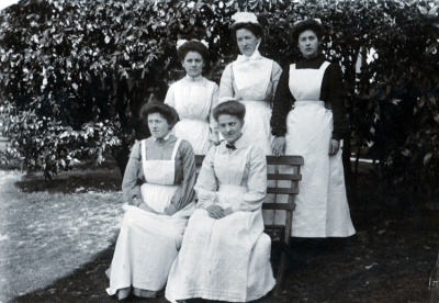 The Staff of Wepham House 1915