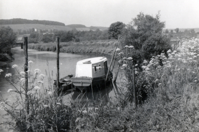 House boat on the Arun at Burpham
