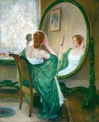 "alt=""guy rose green mirror"""