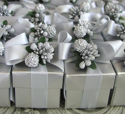 silver imagine of favour describing our silver wedding package