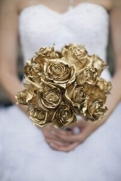 Gold flowers show casing and describing this section of gold wedding package