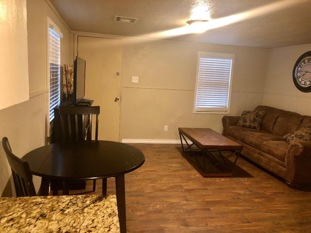 2 Bedroom, 1 Bath, 2 Queen Bed, 1 Queen Sleeper Sofa