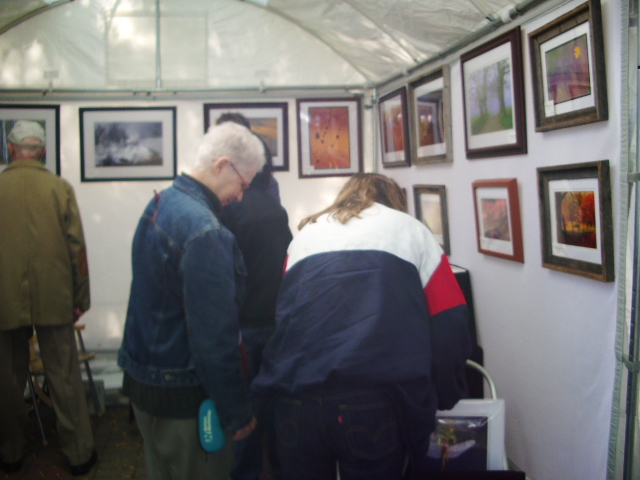 Patrons selecting work