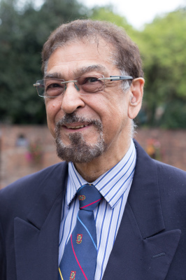 Dr Mohamed Keshavjee (Trustee)