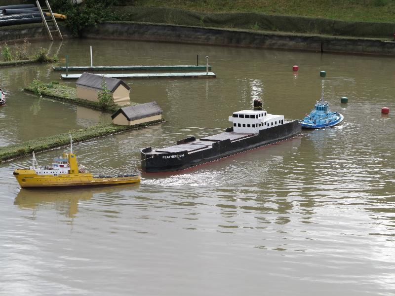 Ian's Happy Hunter and John's Velox on the two tug tow.