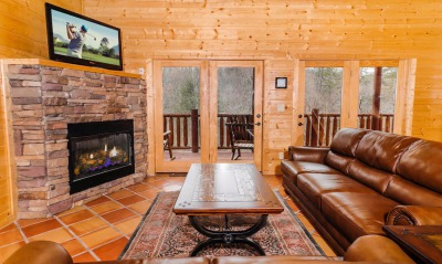 Blue Mountain Lodge Family room
