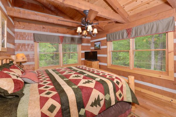 Appalachian Escape 2nd floor bedroom