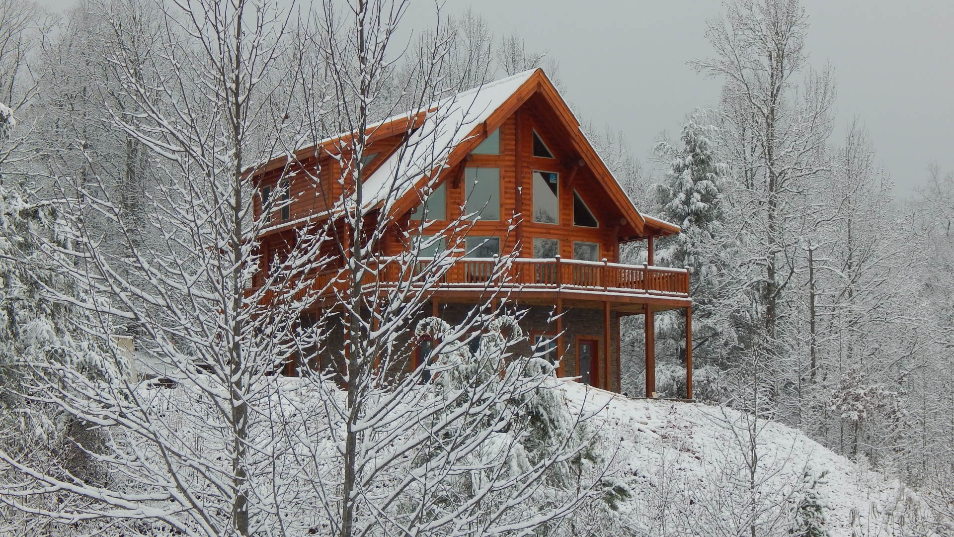 Rent Ridge View Lodge new Smoky Mountains log timber cabin